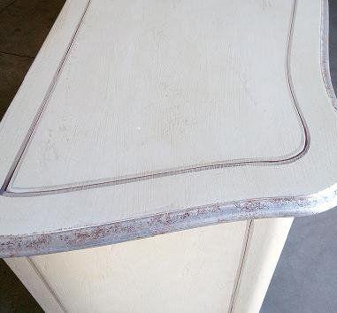 Credenza laccata 2 porte e 5 cassetti (bianca/argento filetto di
